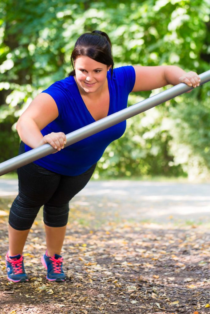 HodgeonRepeat blog - obese woman doing modified push up